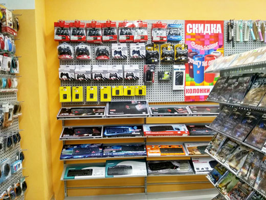 Фото интернет магазина электроники Prostoplay в Харькове Sun Mall на Гагарина